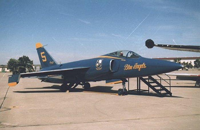 Combat Air Museum Grumman F-11 Tiger